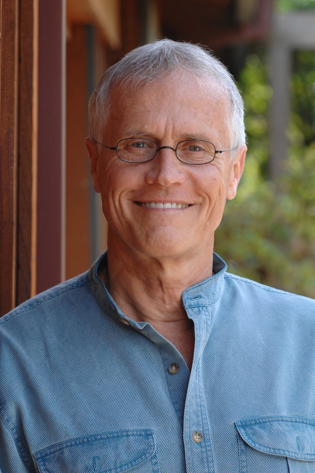 Paul Hawken defines sustainable business